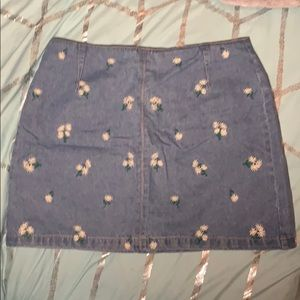 Denim flower print skirt